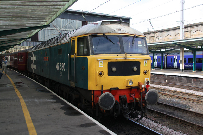 47580 after arrival at Carlisle on the back of 1Z84 from Norwich on 17/09/11, Photo by Andrew Moore